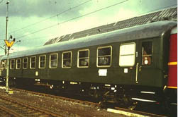 A 1st class express train coach in the green coloring of epoch III