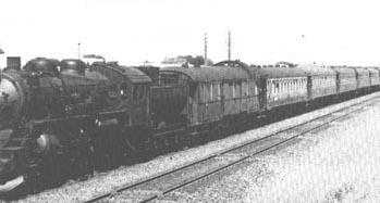 De Nord-Express in 1947 met een voor-oorlogse Rheingold bagagerijtuig | Foto: John Poulsson
