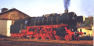 The BR 01 as typical epoch III steam locomotive with small smoke deflectors