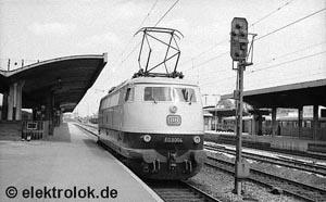 The E 03 004 with single ventilation grids on both sides | Photo: Kurt S�lch, June 1965, Munich