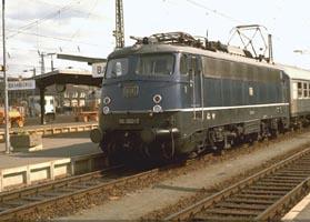 "E 10.3 ""B�gelfalte"" locomotive, April 1977 | Photo: Christian Splittgerberg"